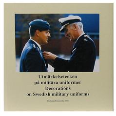 Utmärkelsetecken på militära uniformer